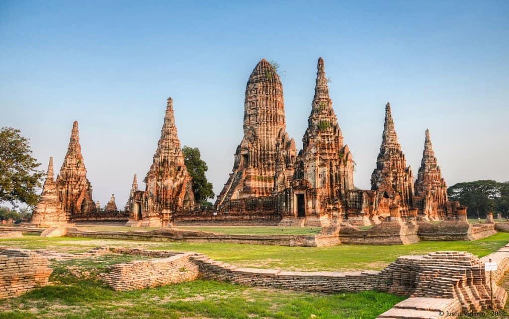 If you're flying from DMK consider staying in Ayutthaya before your flight + 19 other tips!